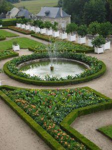 Jardin_du_chateau_d'Usse